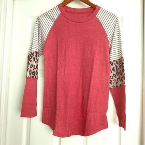 Tops - ‼️LAST ONE‼️Trendy striped Leopard color block Top